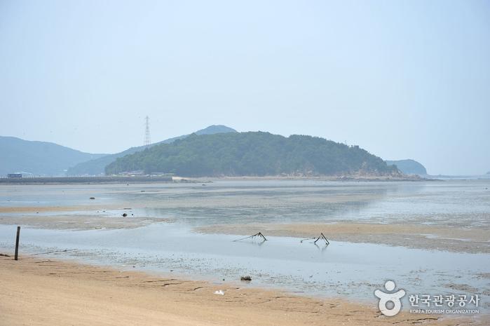 Морское побережье Масиан на острове Ёнчжондо (영종도 마시안해변)5
