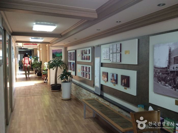 Ресторан Токчхон (독천식당)5