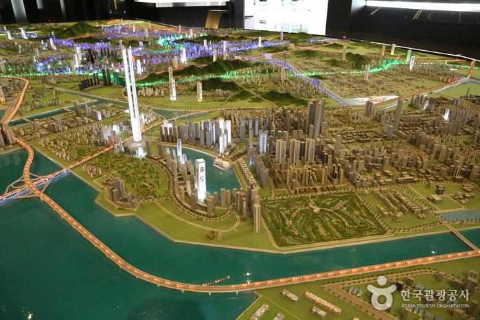 송도국제도시를 중심으로 한 주변 모형