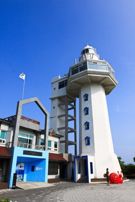 梧桐島灯台(오동도 등대)