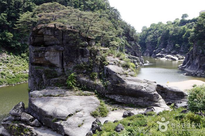 고석정 (한탄강 국가지질공원)
