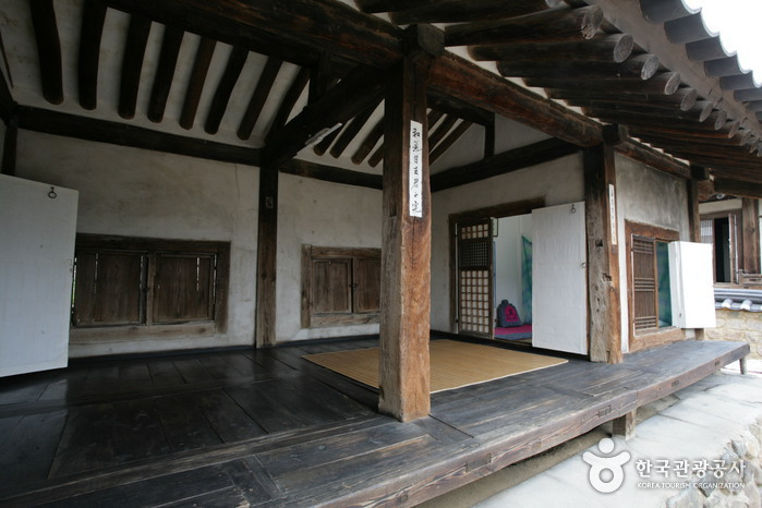 Imcheonggak House (임청각)