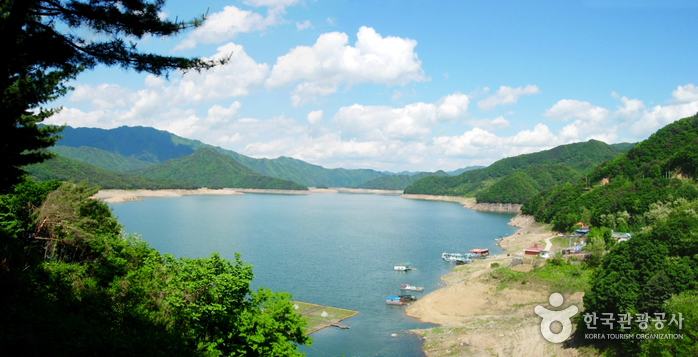 Paroho Lake (Hwacheon) (-)