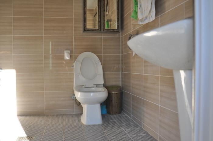 안채 욕실