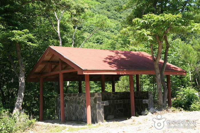 Hoemunsan Recreational Forest (회문산자연휴양림)