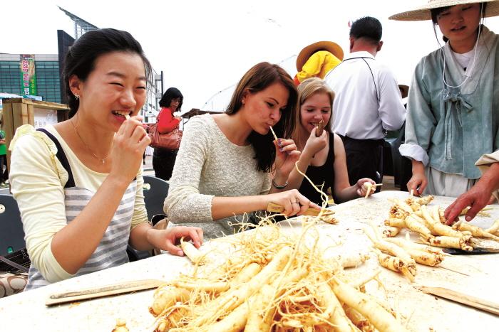 錦山高麗人参祭り(금산인삼축제)