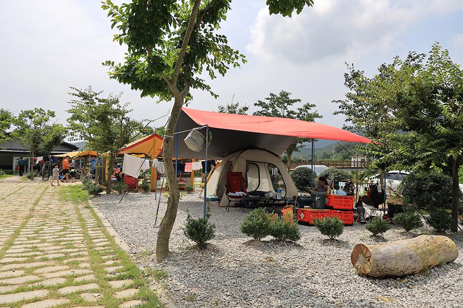 돌개마실 캠핑장