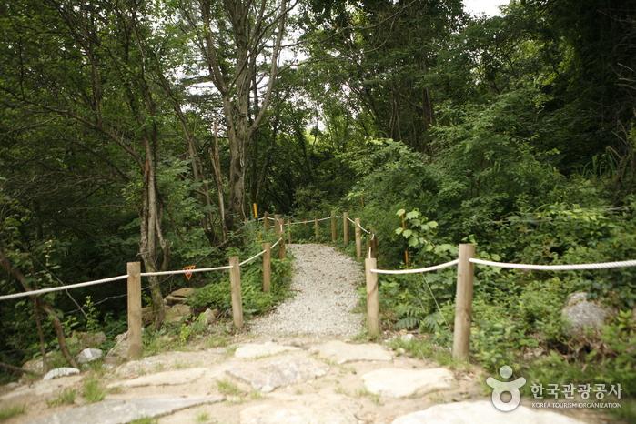 La cascade de Dutayeon (두타연)