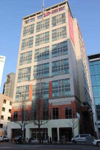 Ramada Hotel Dongdaemun (라마다호텔 동대문)