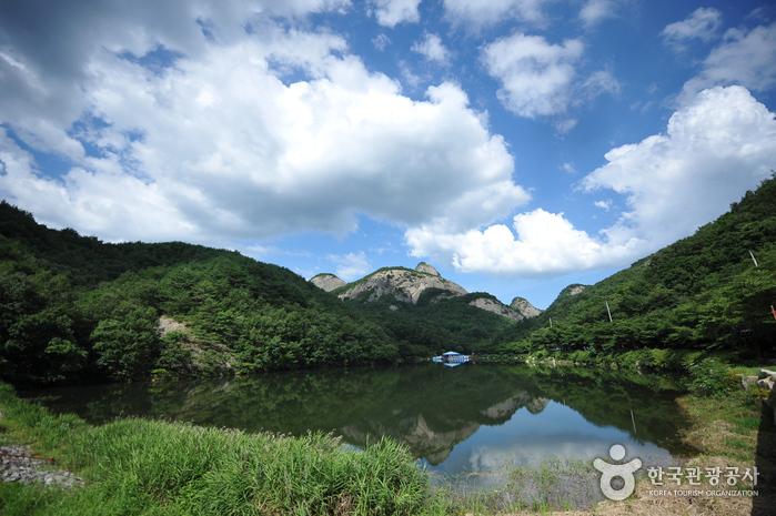 Maisan Provincial Park (마이산도립공원)