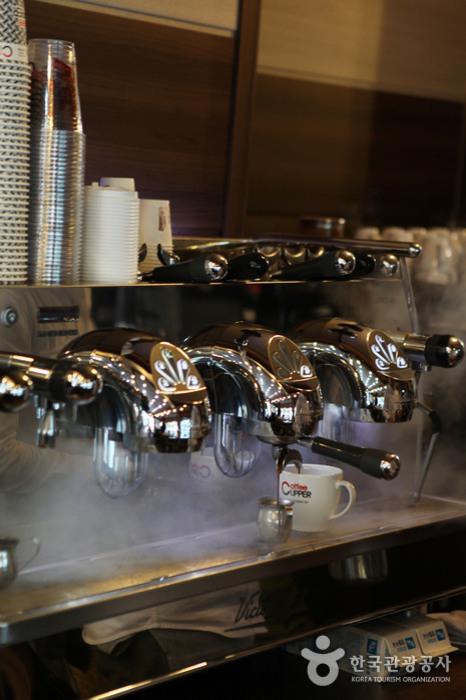커피 내리는 기계