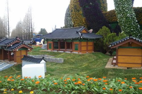 Корейская ассоциация традиционных домов (한국전통가옥협회)16
