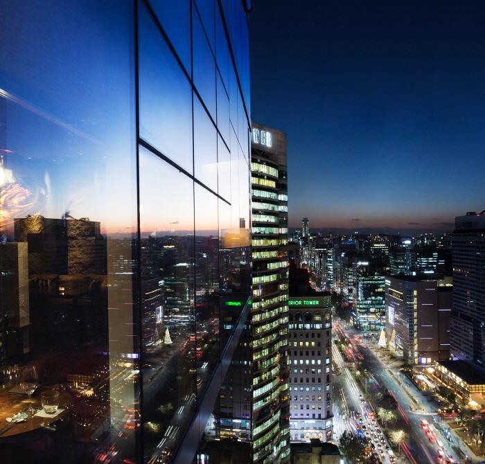 首爾柏悅飯店(Park Hyatt Seoul)(파크 하얏트 서울)