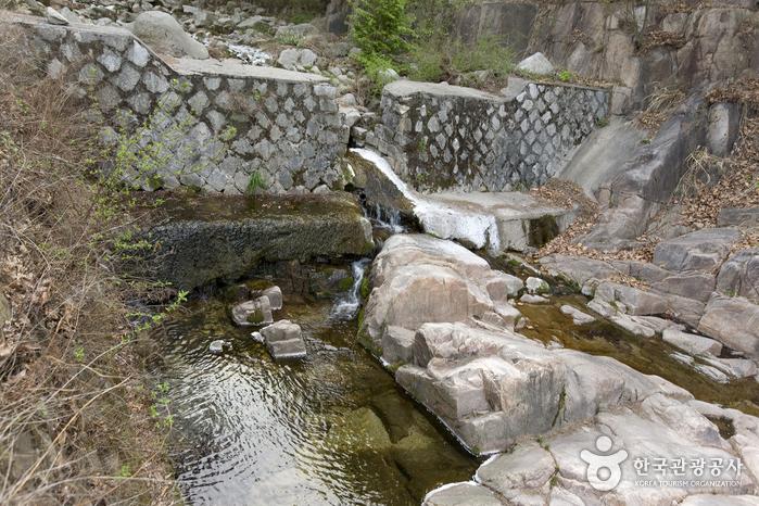 牛耳洞渓谷(우이동계곡)