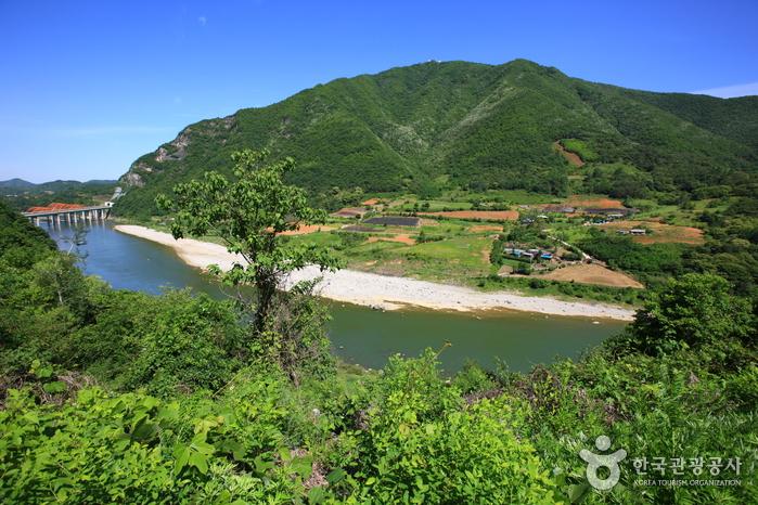 Donggang River (동강)