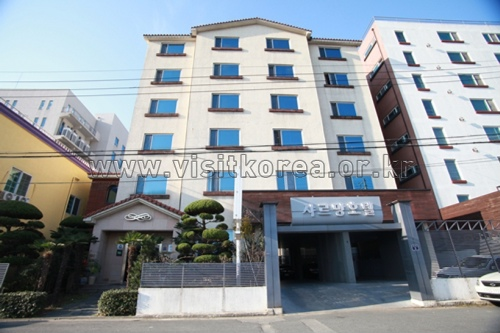Charmang Hotel - Goodstay (샤르망호텔 [우수숙박시설 굿스테이])