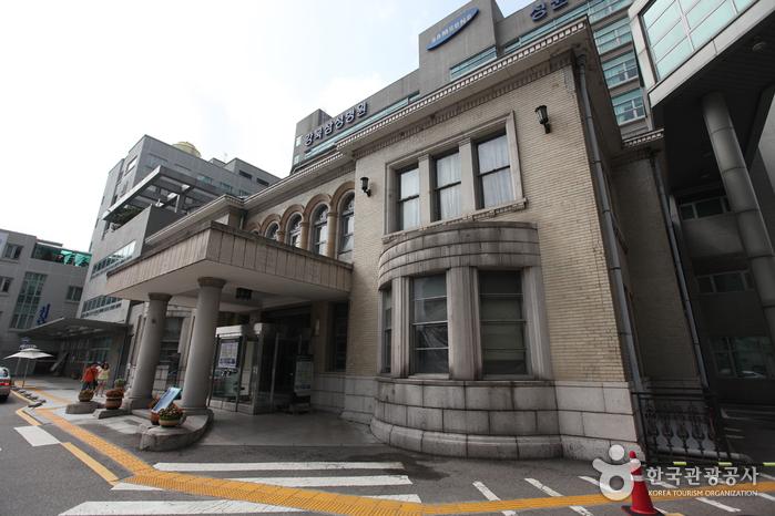 ソウル京橋荘(서울 경교장)