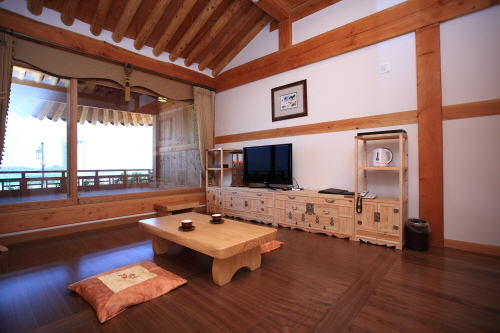 O Dong Jae - Traditional Korean Hotel (한옥호텔 오동재)