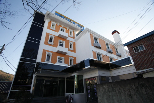 Hanil Park Motel - Goodstay (한일파크 [우수숙박시설 굿스테이])