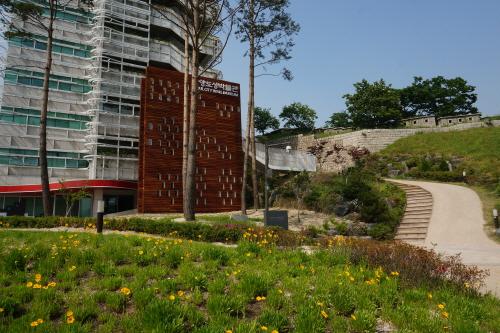 Музей крепостной стены Ханяндосон (한양도성박물관)2