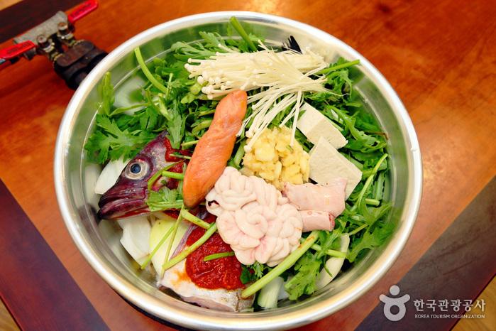 Ресторан Busan Sikdang (부산식당)2