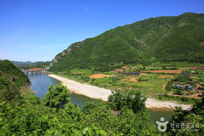 Donggang River (Jeongseon) (동강 (정선))