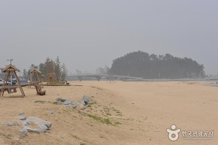 남항진해변(남항진해수욕장)