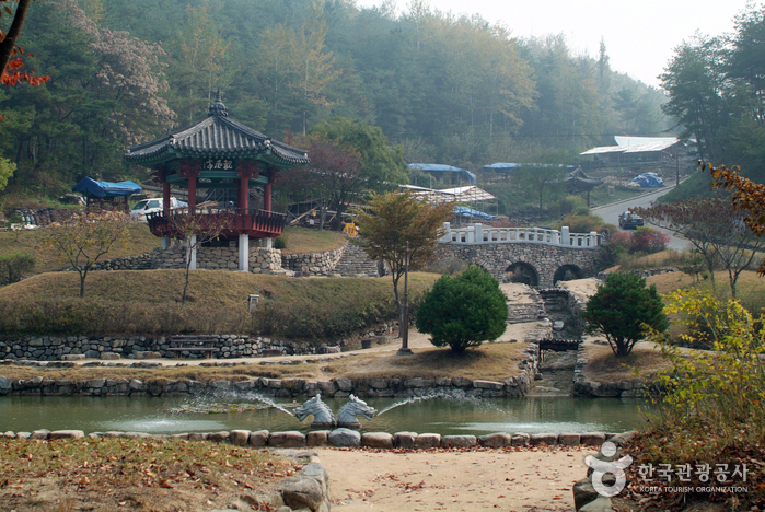 Andong-si South Korea  city photos : Gyeongsangbuk do » Andong si » Andong Folk Village & Andongho Lake ...
