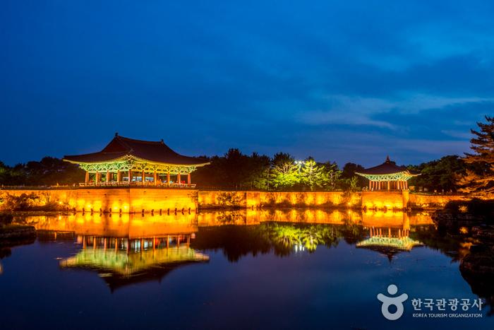 慶州 東宮と月池(경주 동궁과 월지)