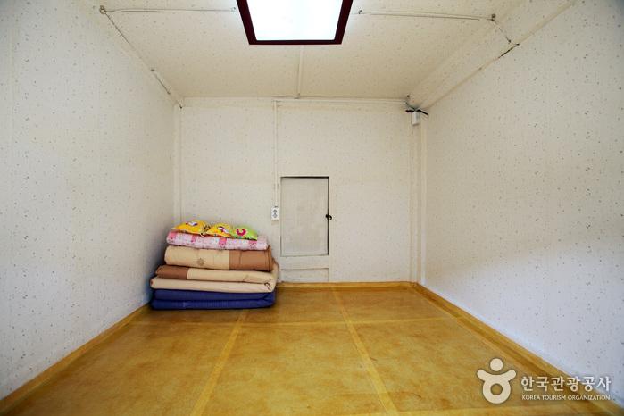 背景墙 房间 家居 起居室 设计 卧室 卧室装修 现代 装修 699_466