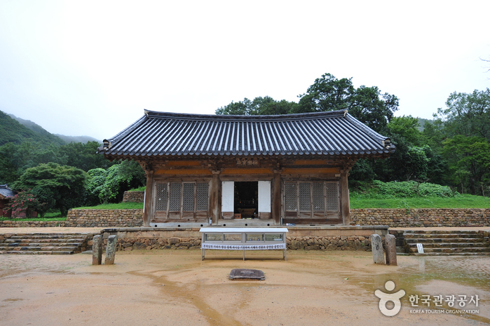 Muwisa Temple (무위사)