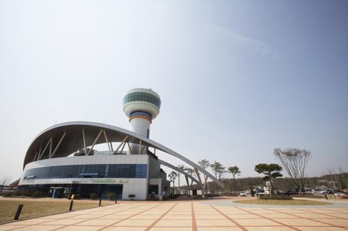 Hangang River Culture Pavilion (한강문화관)