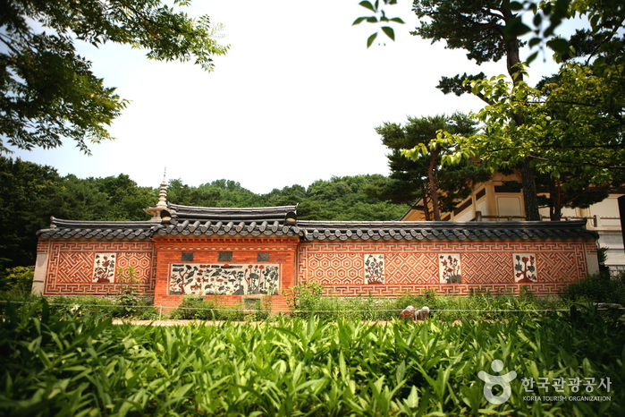 Ho-Am Art Museum (호암미술관)
