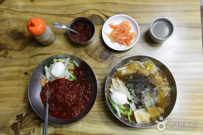 Pyeongyang Naengmyeon (평양냉면)