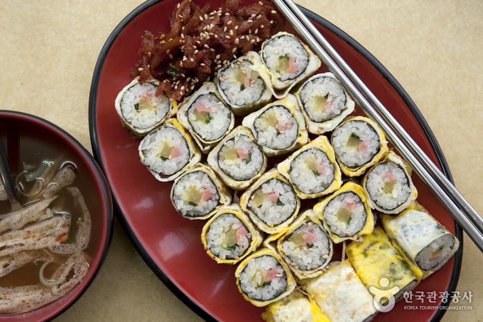 チンスンジャキンパプ(진순자김밥)