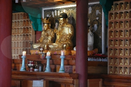 Temple Goransa (고란사)