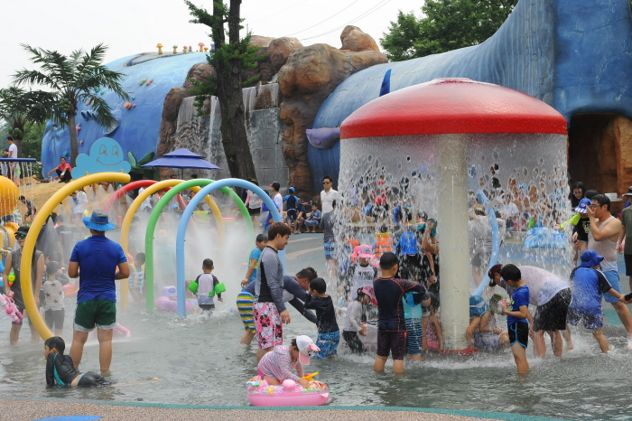 Yanggu Center Festival (청춘양구 배꼽축제)