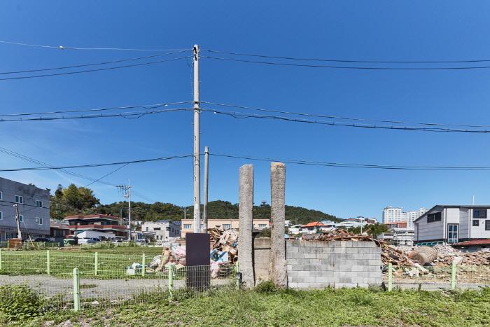 서산동문동 오층석탑 및 당간지주