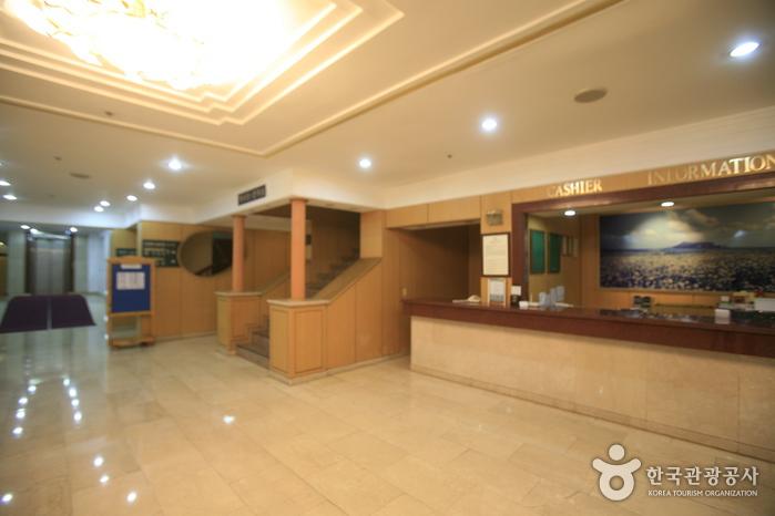 ハニークラウンホテル(하니크라운호텔 )