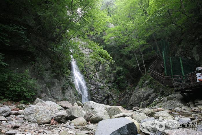 Huibang Falls (희방폭포)