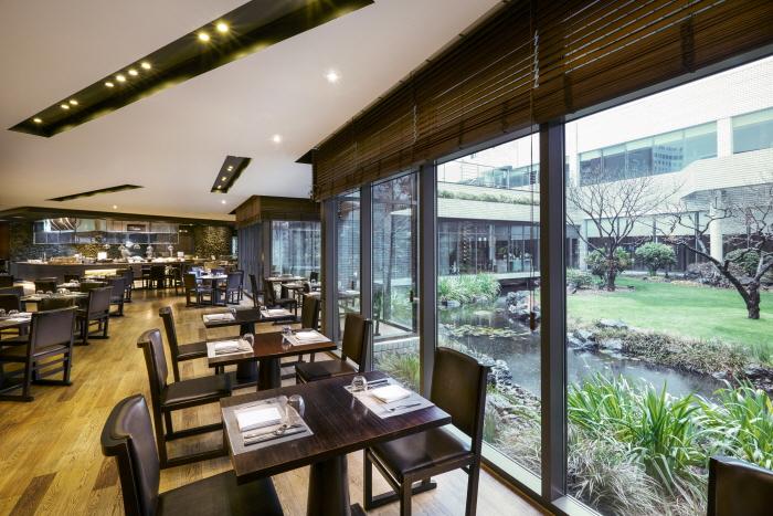 Maison Glad (Formerly Jeju Grand Hotel) (메종글래드 제주 (구. 제주 그랜드호텔))