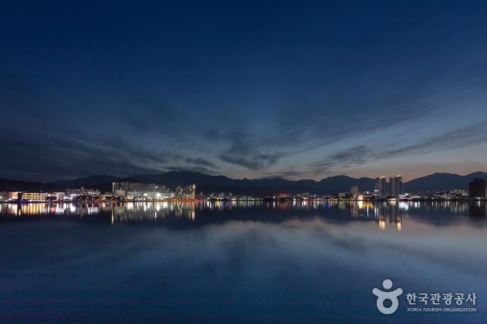 Le lac Cheongchoho (청초호)