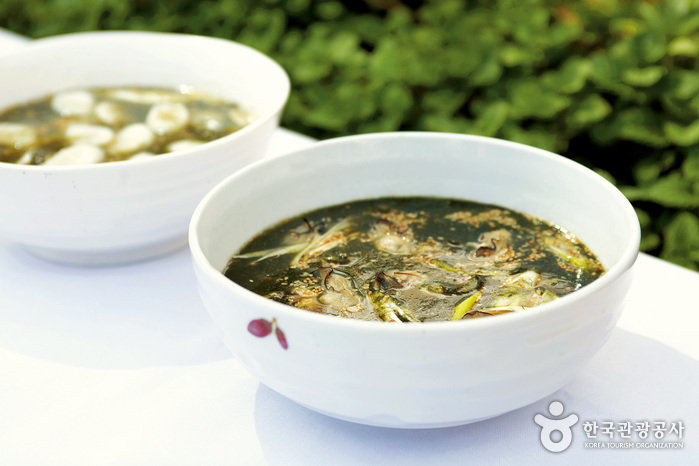 Myeonghuine Eumsikjeom(명희네음식점)