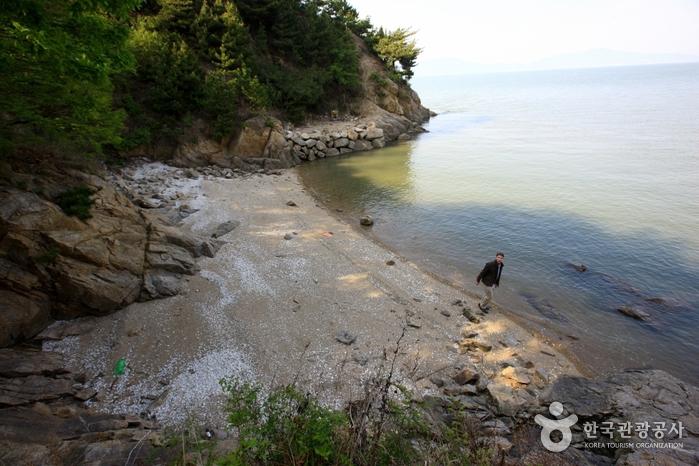 Strand Sugi (수기해변(수기해수욕장))