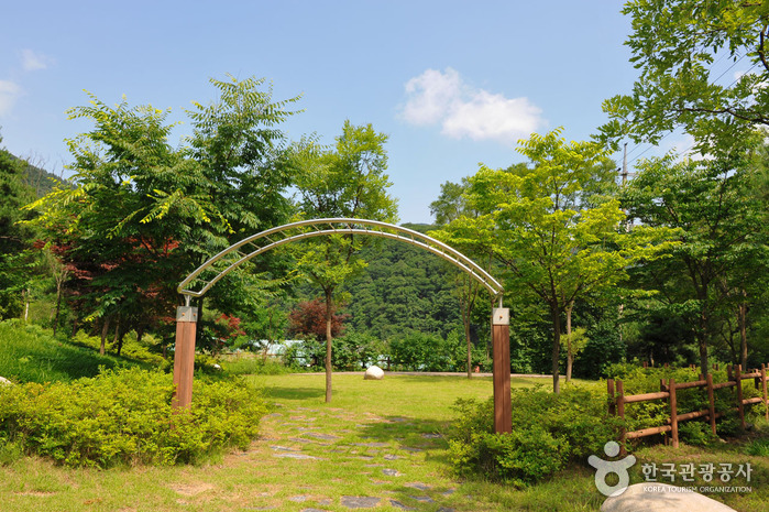 Kreispark Myeongjisan (명지산군립공원)
