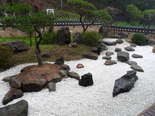 Центр дружбы народов Кореи и Японии в уезде Тальсон (달성 한일우호관)3