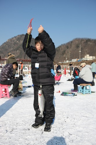 Jaraseom Singsing Winter Festival (자라섬 씽씽겨울축제)