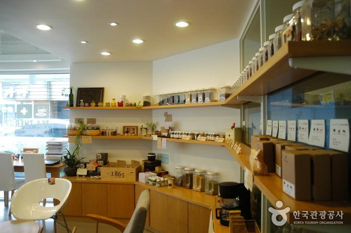 Кафе Tea Therapy (티 테라피)4