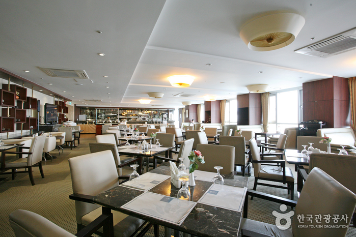 Haeundae Centum Hotel (해운대센텀호텔)