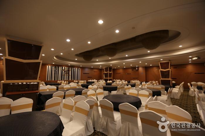 Hotel Crown Itaewon (호텔 크라운 이태원)